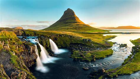 Golden Kirkjufell Iceland Kirkjufell Is A 463m High