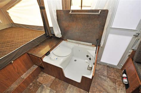 Rv Cassette Toilet Shower by Fleetwood Cassette Toilet Vs Cassette Potti Remodel