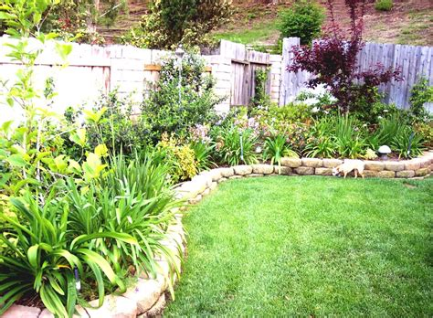 Backyard Decorating Ideas Images by Simple Garden Design Ideas On A Budget At Shelovesseven