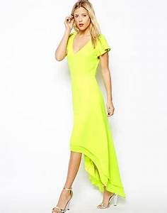 MOMMA LOVES… neon clothes for us and our little ones