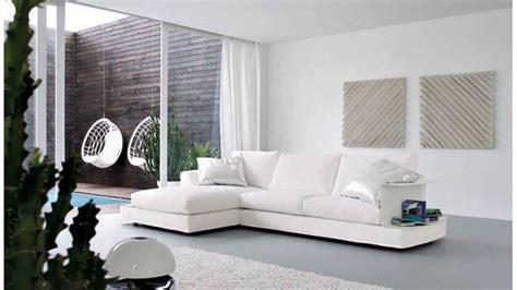 divani in pelle pulizia come pulire il divano in pelle