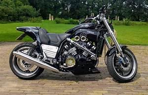 Custom Yamaha Vmax 1200