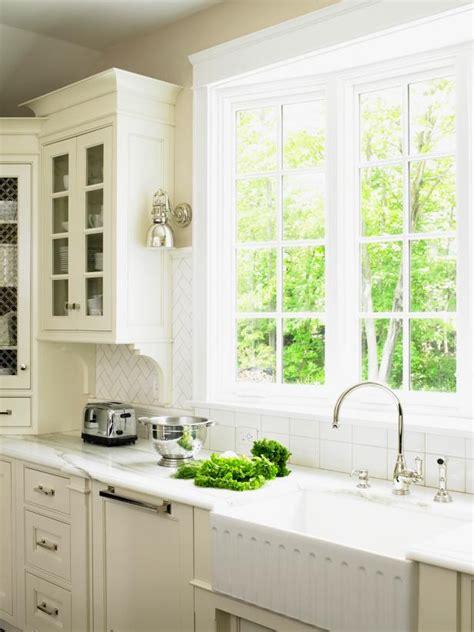 Cottage Kitchen Sink With Window Hgtv