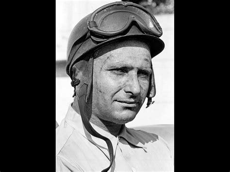 Mercedes-Benz and Juan Manuel Fangio - Juan Manuel Fangio