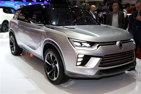 SsangYong SIV-2 Concept Might Become Tivoli's Larger ...