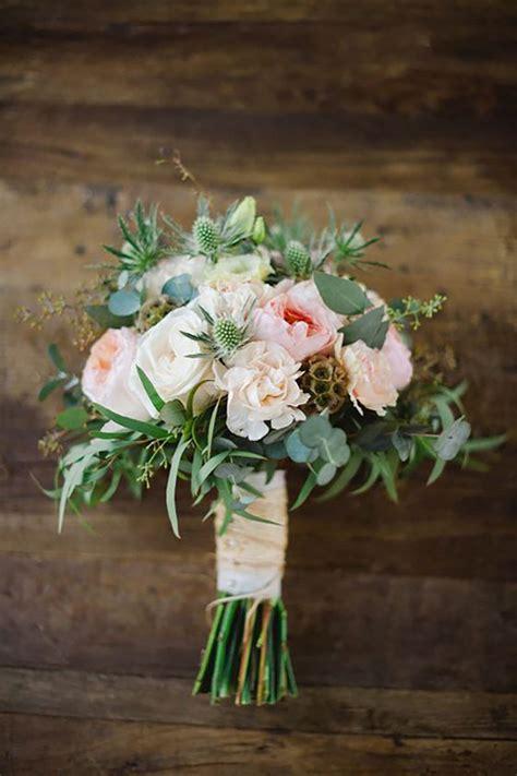 small vases the best wedding flowers for barn weddings mythe barn