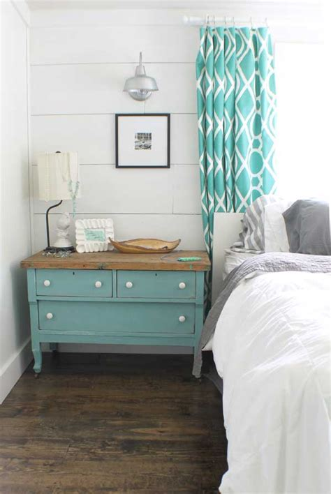 diy ways to level up your small bedroom farmhouse style decorating inspiration to diy 15   Shiplap Walls