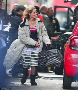 Bridget jones is becoming uncomfortable in her relationship with mark darcy. Renee Zellweger gets to work on set of new Bridget Jones ...