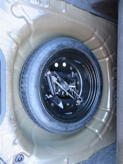 Spare tire compartment - Taurus Car Club of America : Ford ...