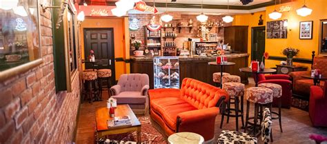 The coffee shop will serve free eight o'clock coffee, featuring the brand's limited edition special central perk roast, and the space will be outfitted with gothamist reports that other perks include special appearances from james michael taylor, who played the barista gunther on the show, weekly. Friends pour de vrai