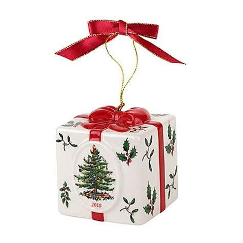 Spode® Christmas Tree 2018 Annual Gift Box Ornament Bed