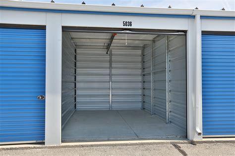 kitchener storage units kitchener east storage units access self storage 3536