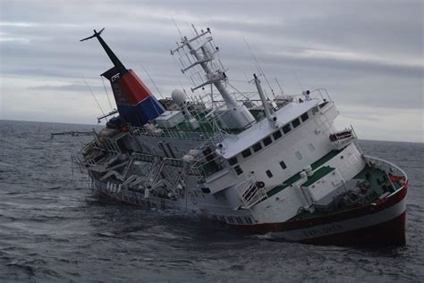 Sinking Of Boat by Ship Sinking The Tech Journal