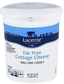 lucerne cottage cheese lucerne cottage cheese small curd 0 milkfat free 32