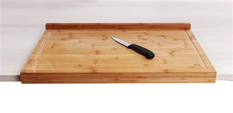 planche de travail cuisine planche de travail en bambou grand modèle avec rebord