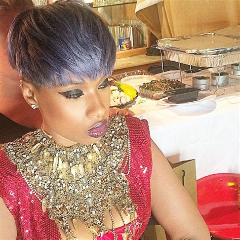Jennifer Hudson's pixie haircut in layers of lavender grey