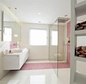 Moderne Badezimmer Mit Dusche : best 25 laufen bad ideas on pinterest wc laufen badezimmer im dachgeschoss and dachboden dusche ~ Sanjose-hotels-ca.com Haus und Dekorationen