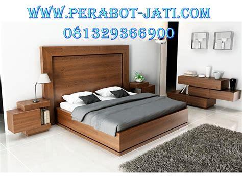 Lihat dekorasi kamar tidur unik & desain kamar tidur minimalis. Desain Set Tempat Tidur Minimalis Mewah Kayu Jati - Perabot Jati Jepara   Perabot Jati   Perabot ...
