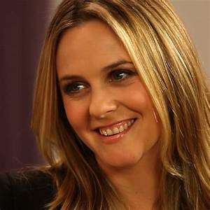 Alicia Silverstone On Juice Beauty Green Parenting Video