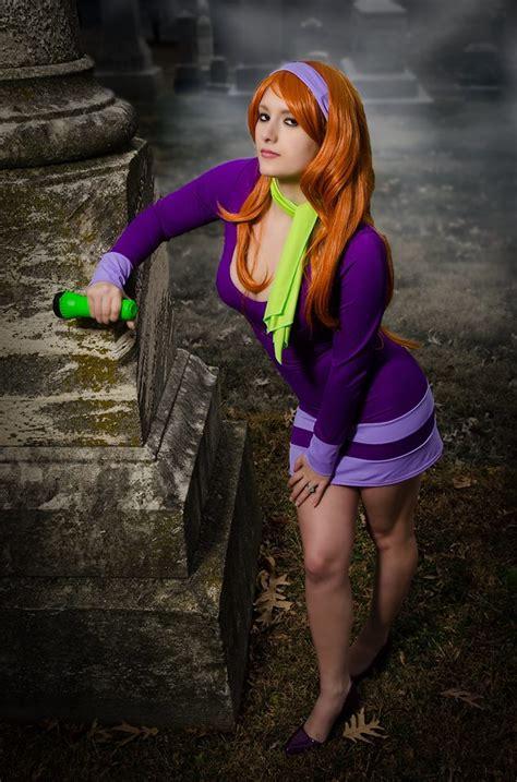 daphne cosplay by nerdysiren on deviantart