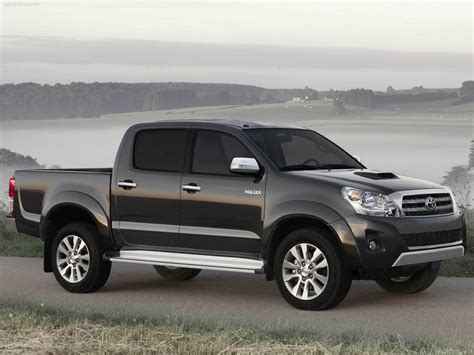 toyota trucks and toyota hilux pickup truck review 2012 and pictures new