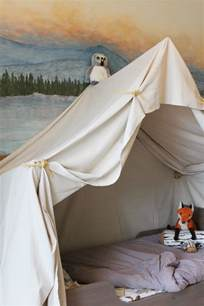 remodelaholic cing tent bed in a kid s woodland bedroom