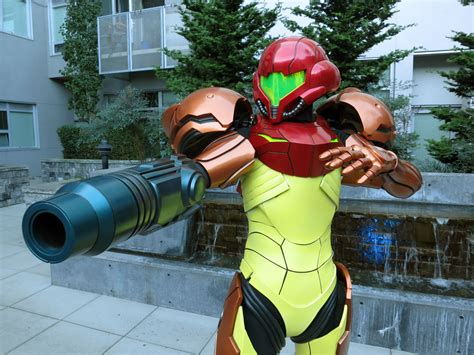 Cosplayer Uses 3d Printing To Create Realistic Varia Suit