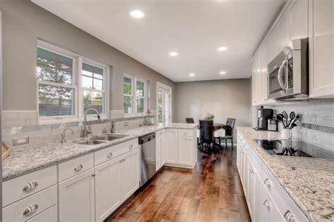 what color should you paint your kitchen best kitchen paint colors best paint colors for kitchen 9841