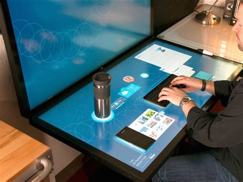 15 Cool Desks And Workspaces That Geeks Will Love