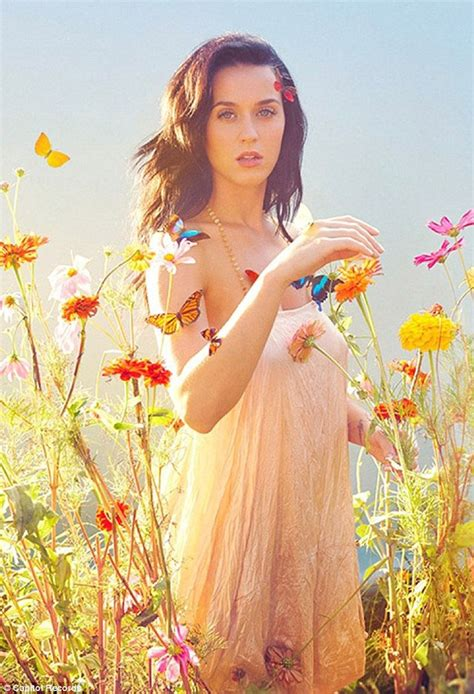 Katy Perry looks beautiful as she poses in meadow for ...