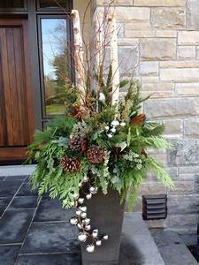 Christmas, Outdoor, Urn, By, Carla, Mcgillivray