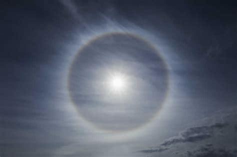 Halos Around Lights by 22 Degree Halos Facts And Information World Of Phenomena
