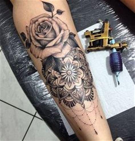 tatuagens de coroas  seu significado tatuagens de