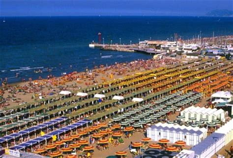 riccione divertimento  relax travel dreams