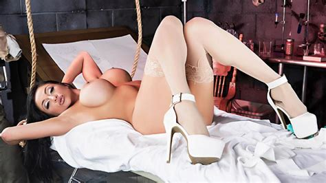 audrey bitoni videos and pictures at girlsnaked