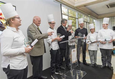 comment cuisiner le foie gras cru challenge foie gras magret des jeunes créateurs