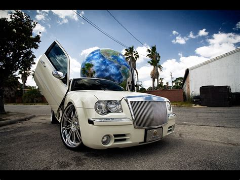 Chrysler 300 Wallpaper