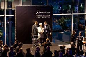 Mercedes St Fons : mercedes benz lance sa nouvelle concession mercedes center lyon sudautomotiv press ~ Medecine-chirurgie-esthetiques.com Avis de Voitures
