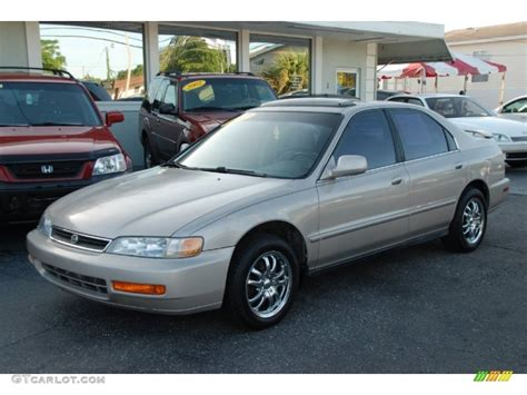 1997 honda accord se sedan custom wheels photo 53512012