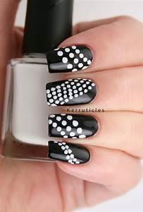 Deco Noir Et Blanc : 18 id es diy pour la d coration ongles noir et blanc ~ Melissatoandfro.com Idées de Décoration