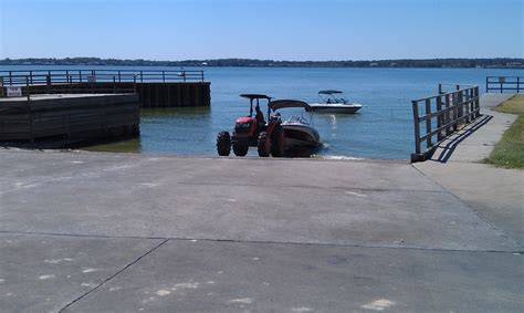 Boat Launch Lake Conroe by Using The Lake Envronment To Improve Boat Launching