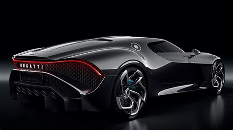 'la voiture noir' is french for 'the black car', a reminiscence of the type 57 sc atlantic, says bugatti, and best describes the glossy black finish chosen for the handcrafted carbon fiber bodywork. Bugatti La Voiture Noire (2019) | Información general - km77.com