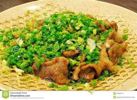 chinois de cuisine paraboloïde chinois de boeuf de cuisine à l 39 oignon images