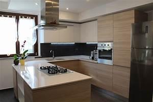 Progettazione di una cucina angolare con penisola Piovano Home Design Torino