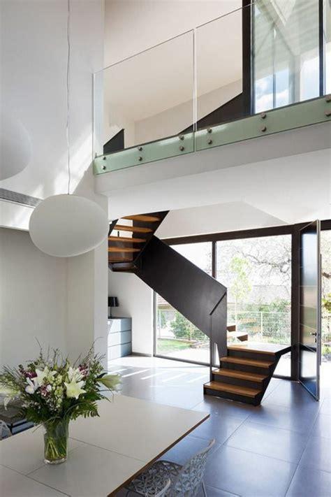 moderne treppen erscheinen als blickfang  ihrer wohnung