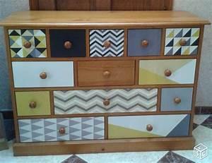 commode chiffonnier 13 tiroirs en pin massif peinture With les styles de meubles anciens 2 comment melanger les styles en decoration pratique fr