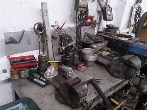 File:Car workshop jpg - Wikimedia Commons