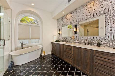 Designer Bathrooms Photos by Master Bathrooms Hgtv