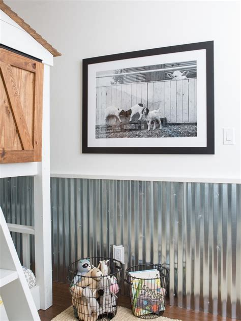 Hgtv Fixer Upper Boat House by Fixer Upper Spinoff Series To Premiere On Hgtv Hgtv S