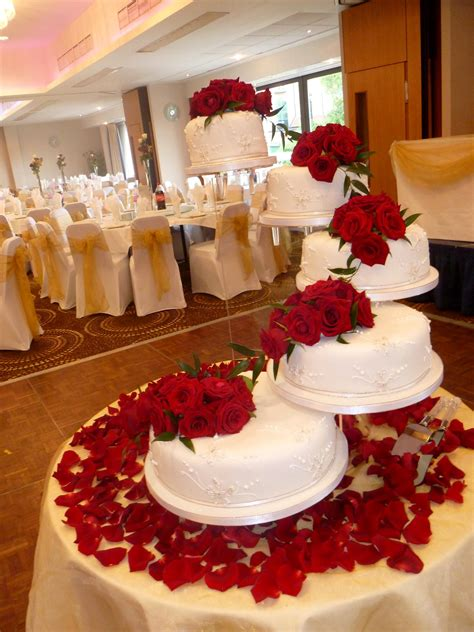 cake designers me creative of wedding cakes me a beautiful wedding